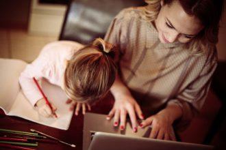 Accesul copiilor la internet - RevistaMargot.ro