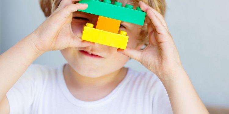 Alegerea jucăriilor potrivite vârstei copilului - revistamargot.ro