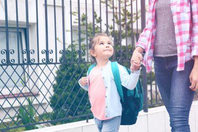 Beneficiile relaționării cu ceilalți părinți din clasa copiilului tău - revistamargot.ro