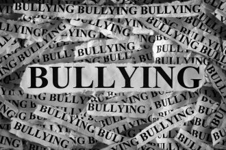 Bullying in scolile romanesti - revistamargot.ro