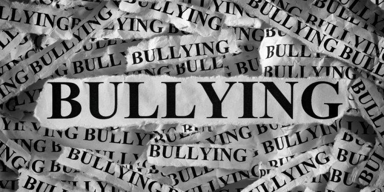 Bullying in scolile romanesti - revistamargot.ro