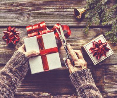 Idei creative și simpatice pentru împachetat cadourile de Crăciun - revistamargot.ro