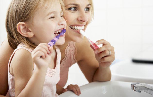 Cum creezi obiceiurile de igienă personală ale celui mic - RevistaMargot.ro