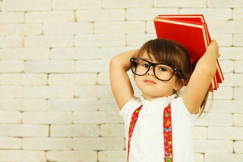 Ce întrebări nu trebuie puse copilului la sfârșitul orelor - RevistaMargot.ro