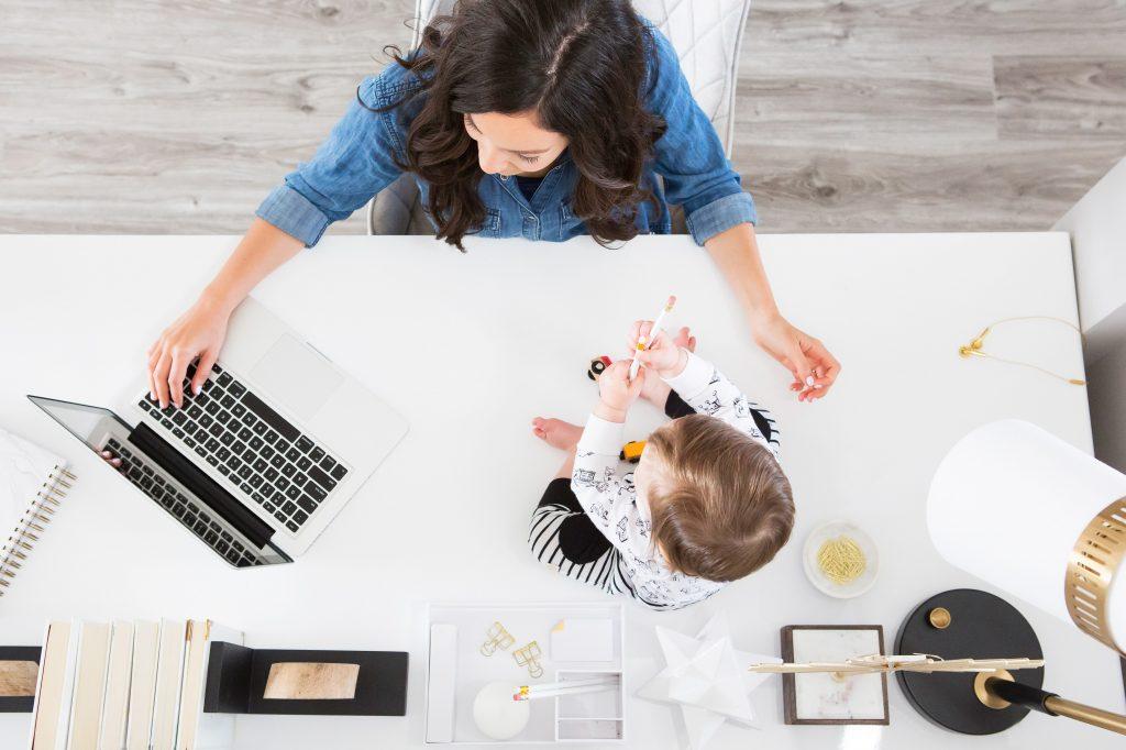 Cum a fost când m-am reîntors la serviciu, după concediul de maternitate - RevistaMargot.ro