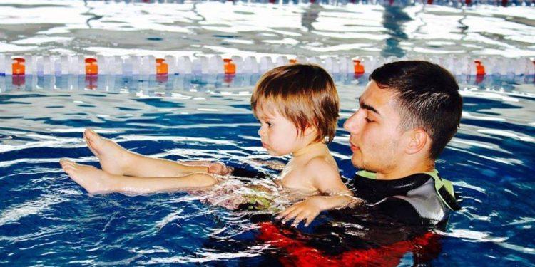 Interviu cu instructorul de înot Vlad A. Prioteasa - Teama de apă - RevistaMargot.ro