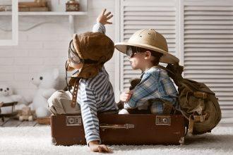 Sfaturi și ponturi pentru zboruri linistite cu copiii
