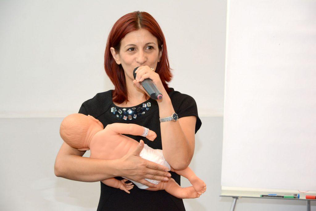 Ghid de alăptare pentru mămici, cu Anca Bălășoiu, moașă licențiată - RevistaMargot.ro