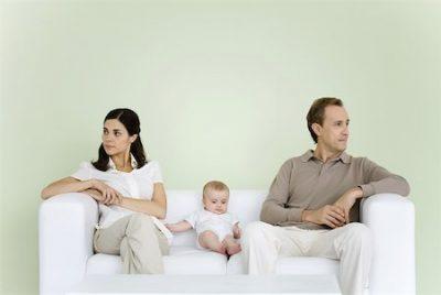 Cum să gestionați creșterea unui copil, după un divorț dificil - RevistaMargot.ro