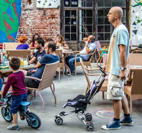Fabrica - o terasă bucureșteană, kid-friendly - RevistaMargot.ro