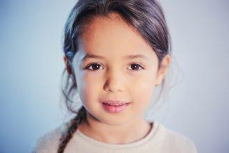 8 fraze Montessori care îi dau încredere copilului în forțele proprii - RevistaMargot.ro
