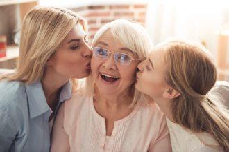 5 motive pentru care bunicii sunt importanți în viața copiilor - RevistaMargot.ro