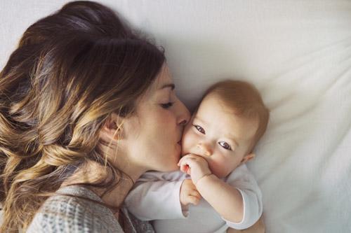 Cum să ai grijă de bugetul pentru hainele bebelușului tău - RevistaMargot.ro