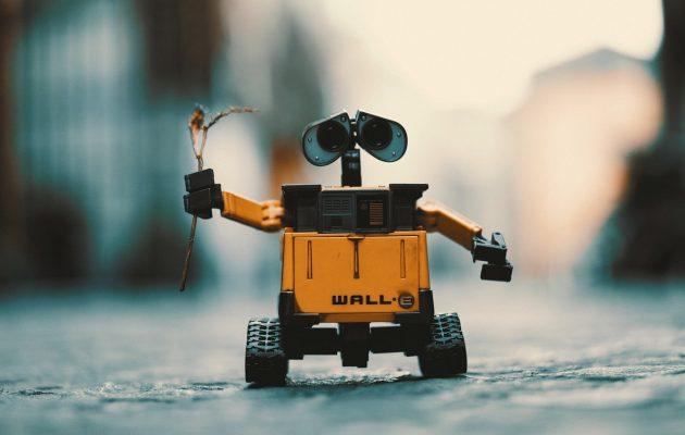 15 echipe de liceeni români, calificate la cel mai mare concurs de robotică din lume - RevistaMargot.ro