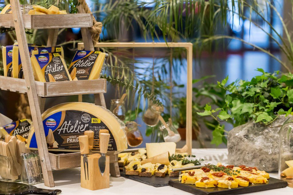 Hochland relansează gama de de brânzeturi maturate în Salina Praid - RevistaMargot.ro